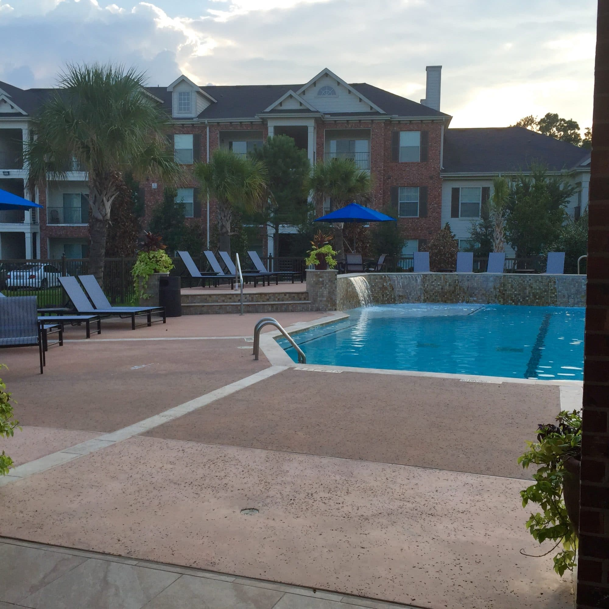 Apartments In The Area: Riverwood Apartments Conroe