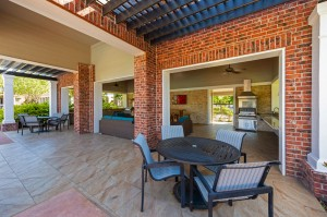 One Bedroom Apartments for Rent in Conroe, TX - Additional Covered Outdoor Dining & Seating Area