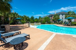 Three Bedroom Apartments for Rent in Conroe, TX -Pool & Lounge Chairs