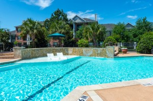 Three Bedroom Apartments for Rent in Conroe, TX -Pool with Tanning Shelf