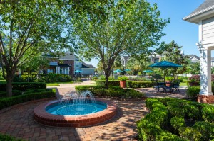 One Bedroom Apartments for Rent in Conroe, TX - Courtyard Area with Fountain