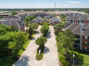 Three Bedroom Apartments for Rent in Conroe, TX -Aerial View of Community & Entrance